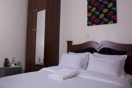 House 7 Resort - Standard Superior