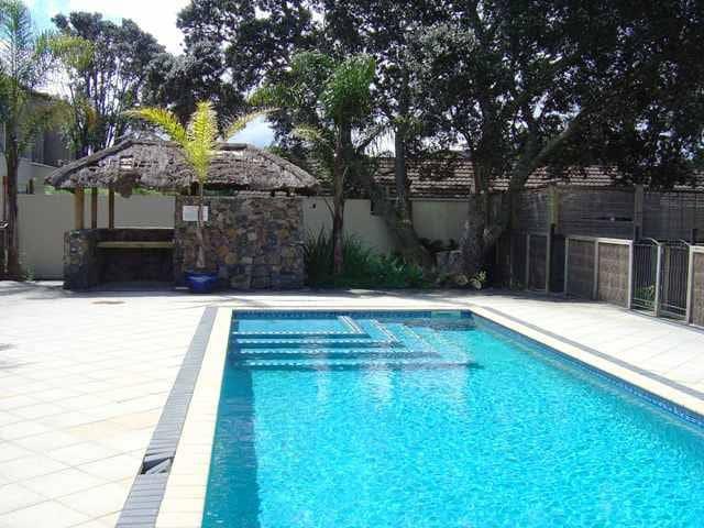 Orewa Beach Villa