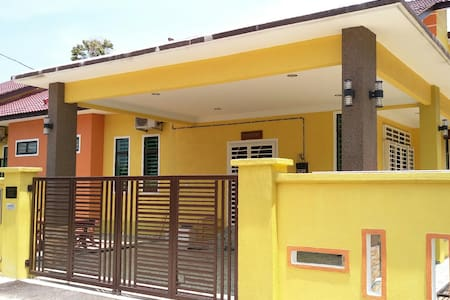 Amera Homestay, fully air-conditioned house.