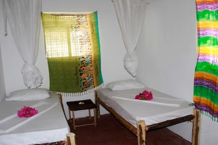 Double-Twin room in Sunny House Paje/ - Paje - Huis