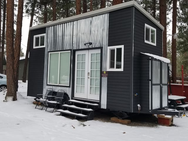 Milagro ~ Serine Luxurious Custom Built Tiny Home