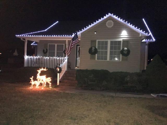 Cozy home close to greenville/anderson