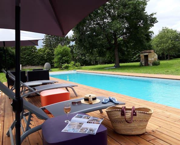 Duplex avec piscine près de St Emilion & Castillon