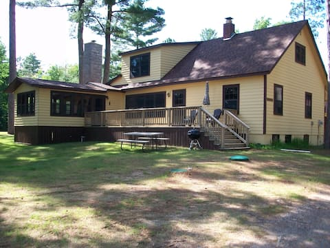 Spacious newly remodeled pet-friendly home