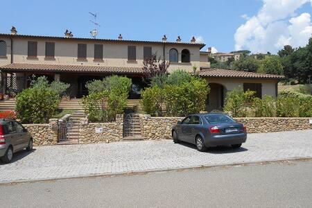 Casa vacanze mare-turismo in Toscana - Casale Marittimo - Rivitalo