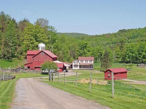 Four Seasons Farmhouse