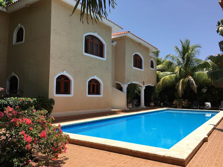 Villa 4 bedrooms near the Ocean!