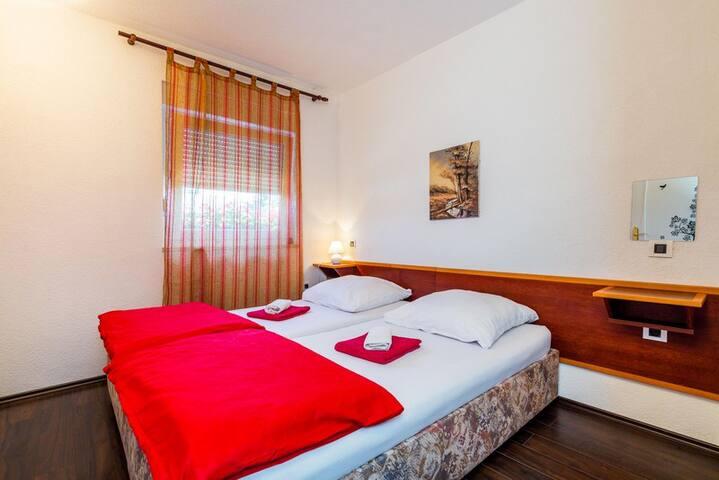 Selak apartments-Apartment 2 - Rakovica - Lägenhet
