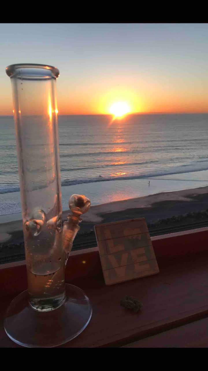 Cali's 420 BEACH N BUD  CANNIBIS For 21 & OVER