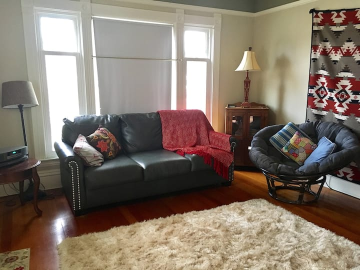 Spacious Historic Home in Downtown Red Lodge