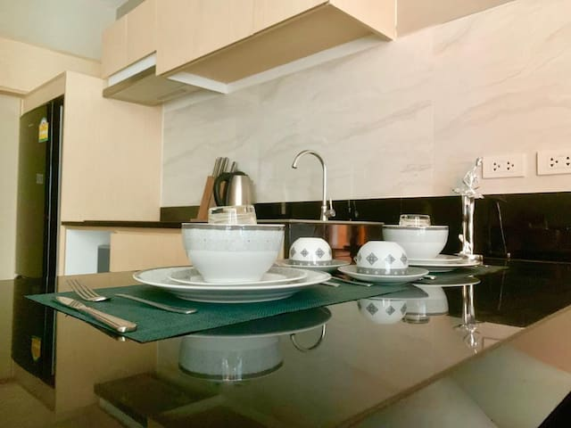 Tropic apartment @NAIHARN BEACH CONDO B502