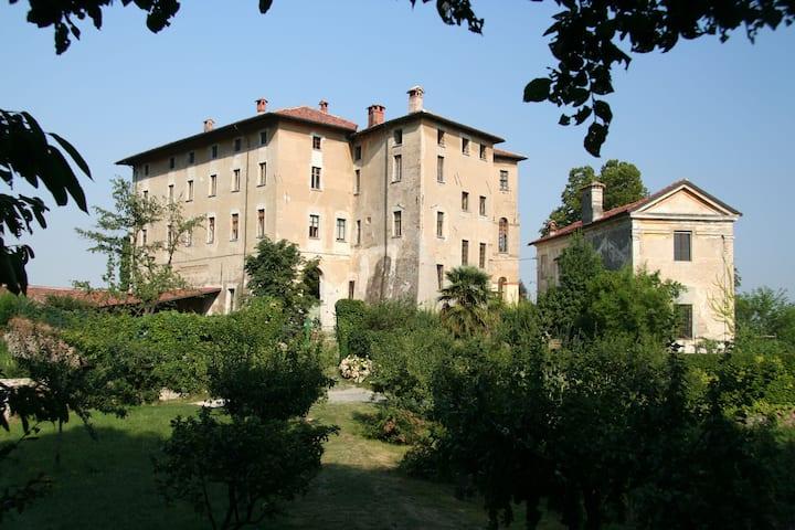 Castello di Camerletto - Camera del Cavaliere