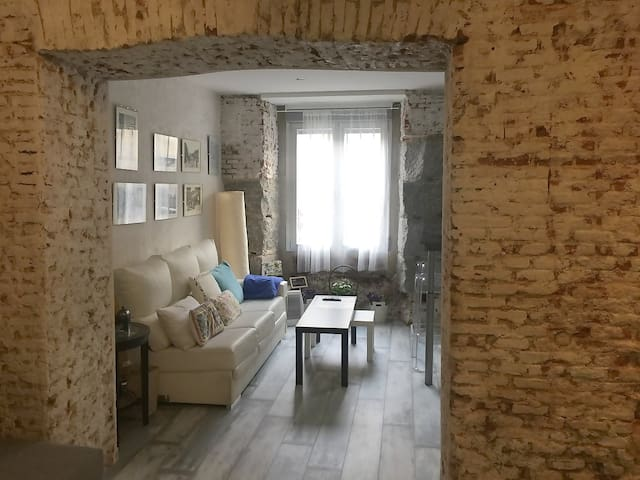 A very nice apartment in the city Center. Malasaña - Madrid - Pis