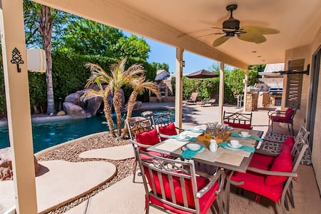 A Desert Oasis! Beautiful 4bed/3bath with a pool! - Peoria - Haus