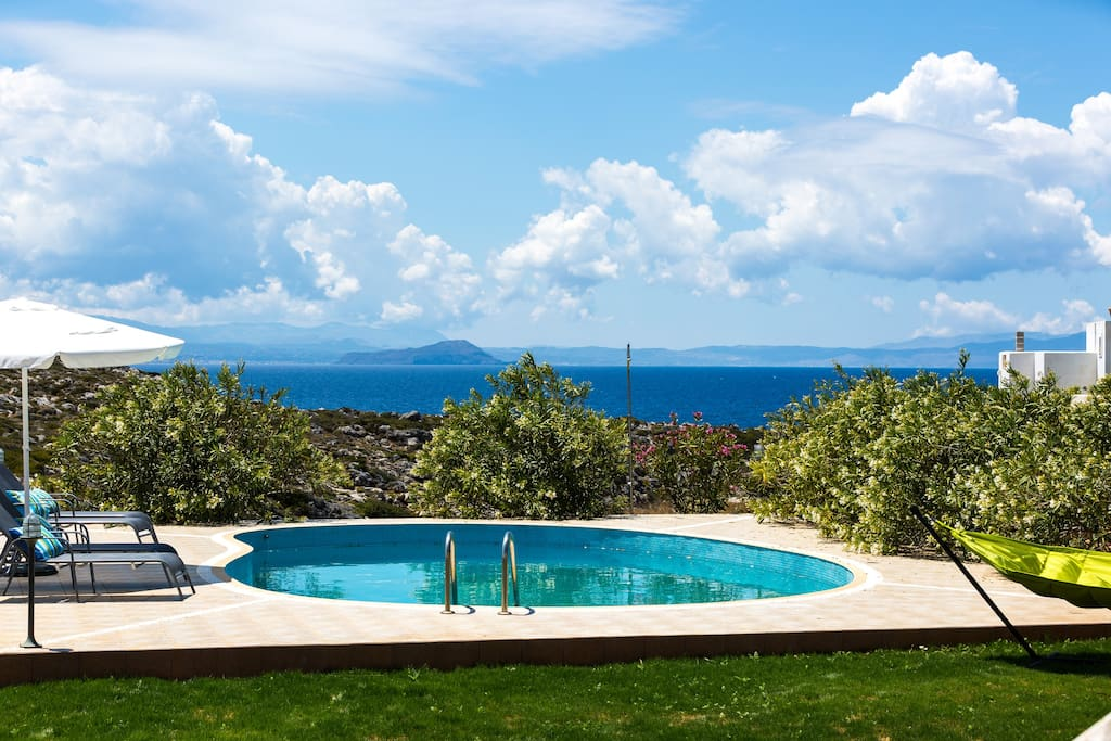 Exceptional sea and mountain views from the pool area