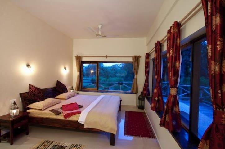 Rolling Stones Resort - Masingudi, Madumalai