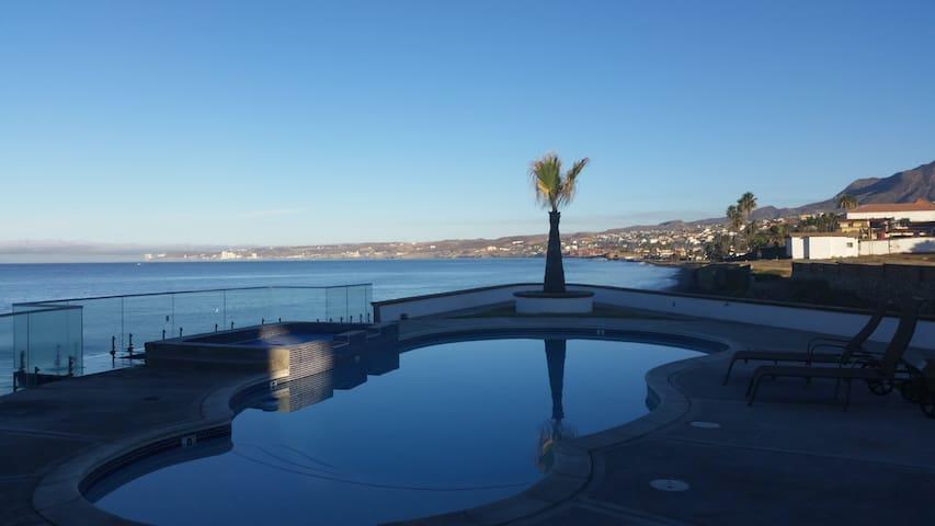 Casa Palmas ll - pool, jacuzzi & beach