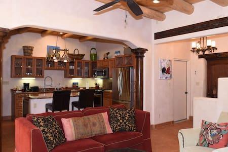 Eclectic Taos Villa 3 Bed/3 Bath #8 - Taos