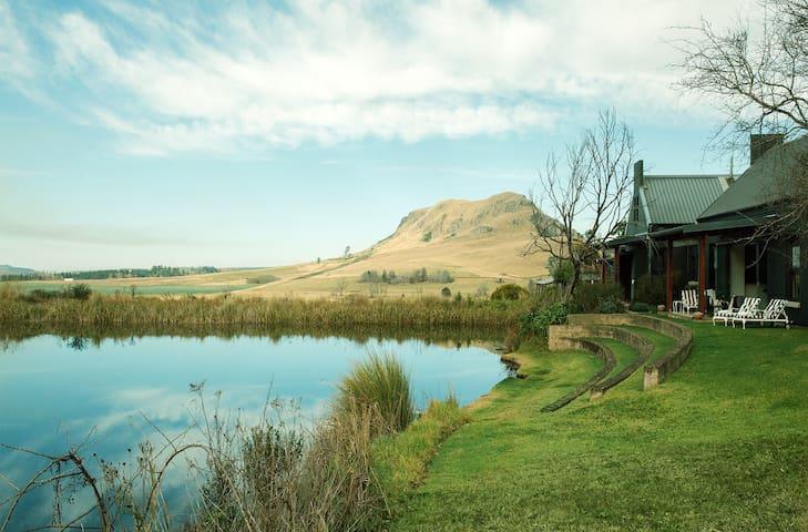 Rockwood Lodges Farmhouse - Exterior View