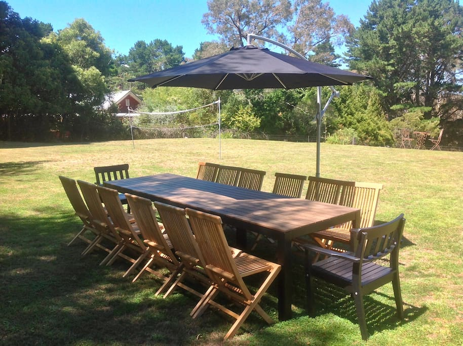 Garden with large tables/chairs