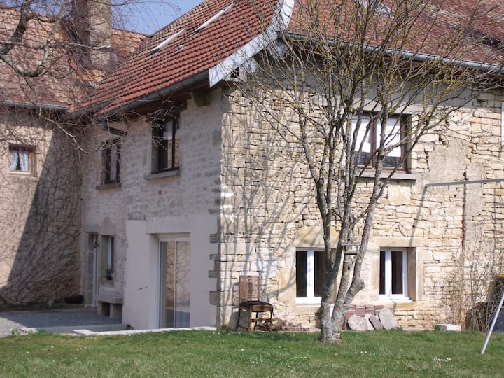 Maison 6 personnes dans la campagne Franc-Comtoise