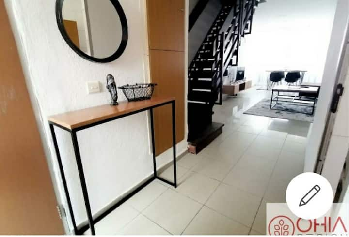 Cosy Victoria Island apartment