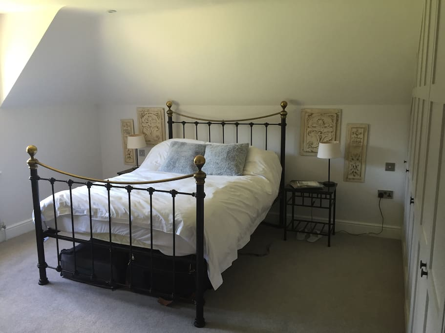 King size bed - large bedroom with ensuite