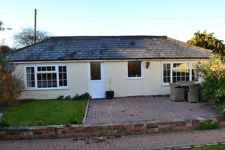 Detached Annex in idyllic Countryside - Severn Stoke - Apartment