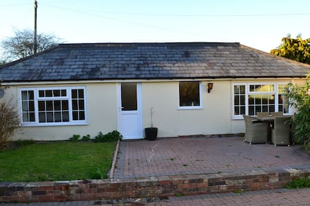 Detached Annex in idyllic Countryside - Severn Stoke - Apartamento