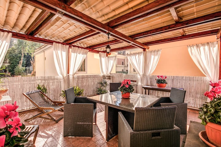 Lovely Flat with Terrace in Vatican - ID 6640