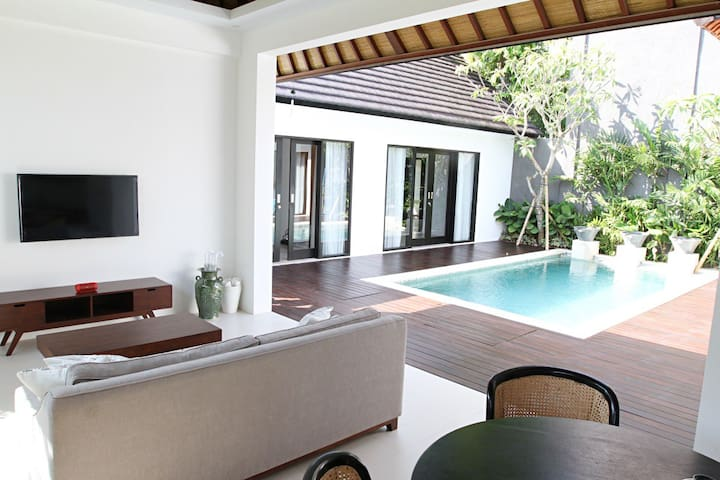 CANGGU VILLA near the beach, NEW & DISCOUNT