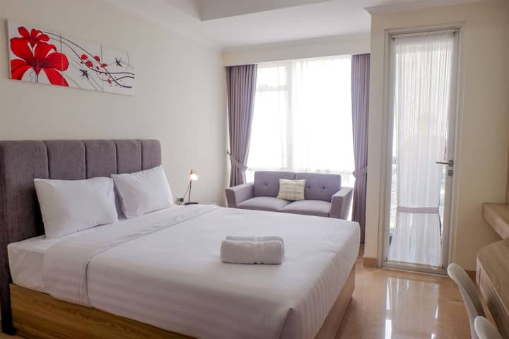 New Furnished Studio Menteng Park Apartment