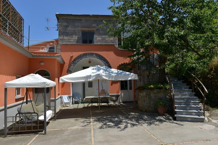 villetta sulle colline di sorrento  - Colli di Fontanelle - Casa