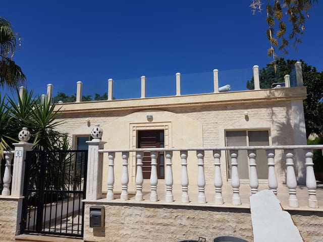 Nice property located in a quite area,3km center