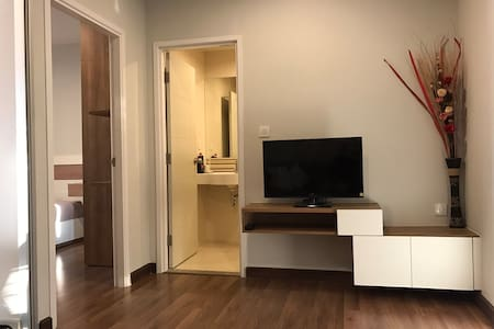 Modern new living close to Tiwanon SkyTrainStation - Nonthaburi