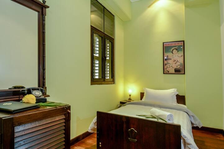 Single room in cozy heritage hotel