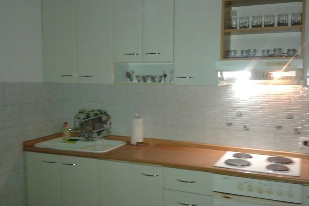 kitchen - kuhinja