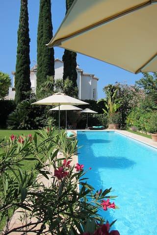Luxury Villa Cap d'Antibes - Cap d'Antibes - Villa
