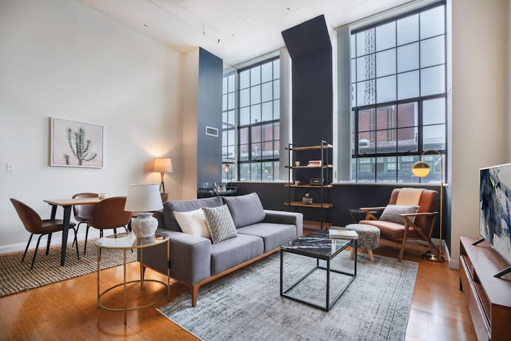 Roomy 2BR in Kendall Square w/ Gym, Doorman near MIT & MGH by Blueground