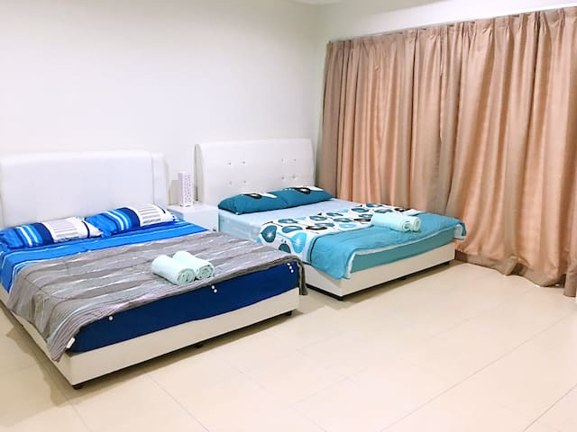 Entire Room in Sitiawan 88 Homestay - Sitiawan - Dom