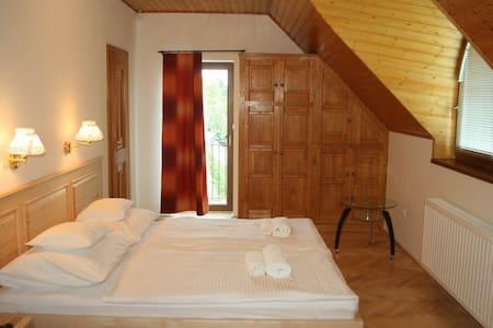 8. szoba