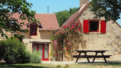 Pleine nature, très joli cottage proche Lascaux.