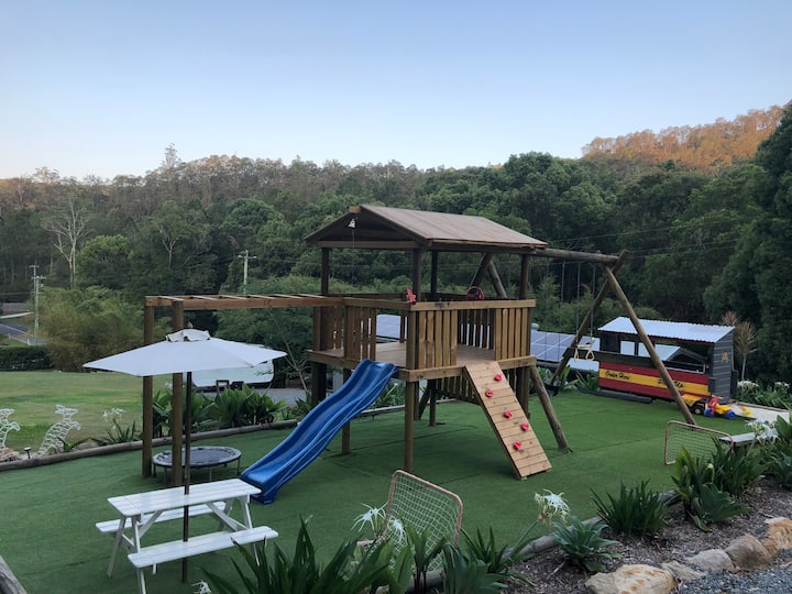 Black Chook Estate - Tallebudgera Valley