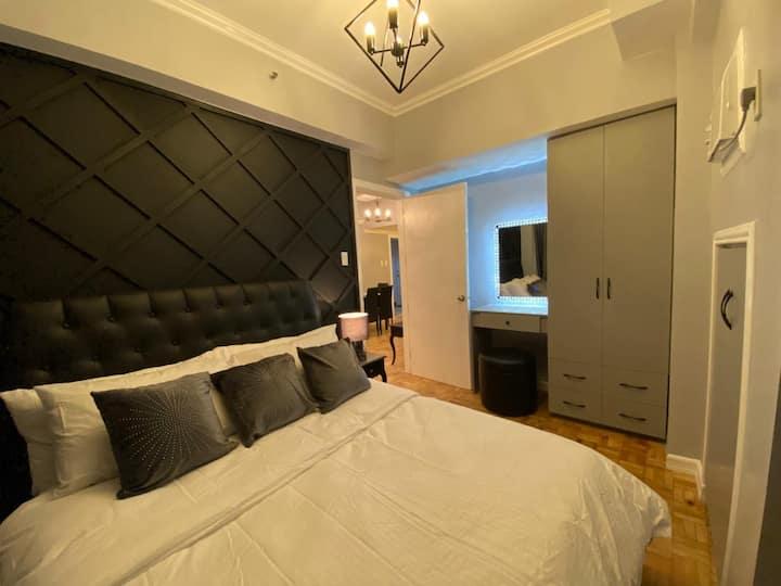 Modern One Bedroom Along Kalayaan Ave & Burgos St