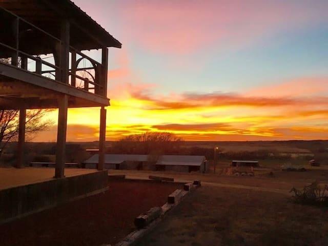 Croton Creek Guest Ranch