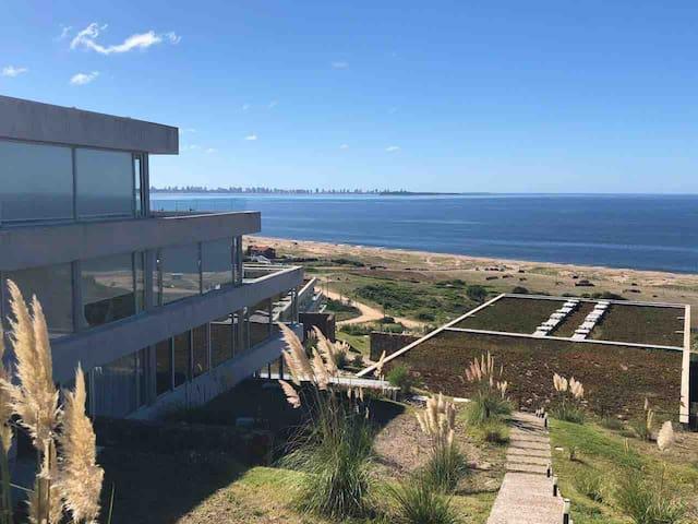 Vista al mar y a Punta del Este!