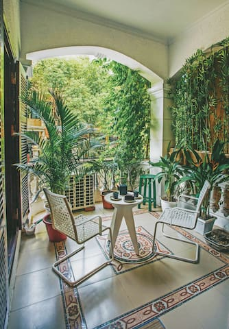 Studio with gorgeous balcony in West Lake - Hanoi - Casa