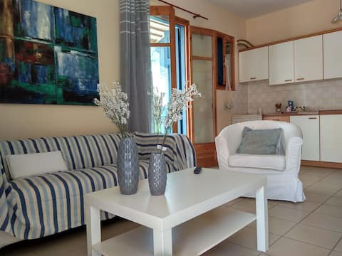 Cozy Apartment II, Center of Epidavros