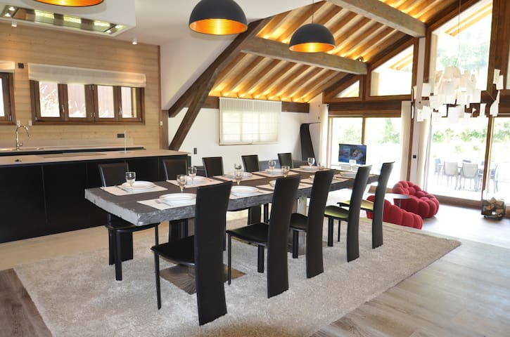 Beautiful chalet in les Belleville in the 3 Vallées resort