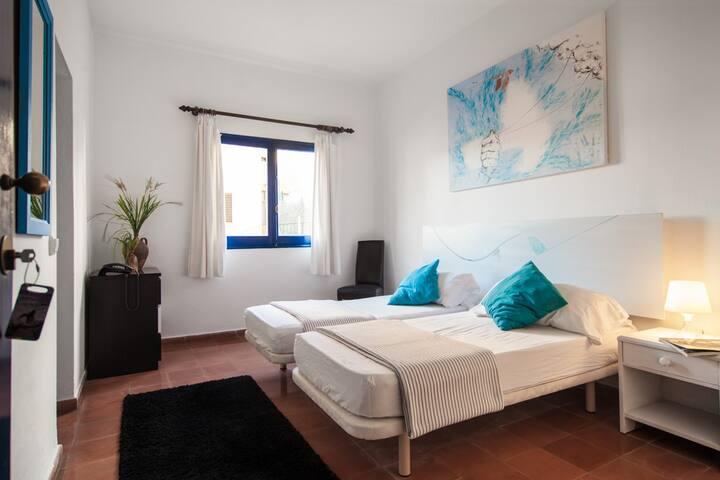 (1B) Habitación Doble Estándar - 2 camas
